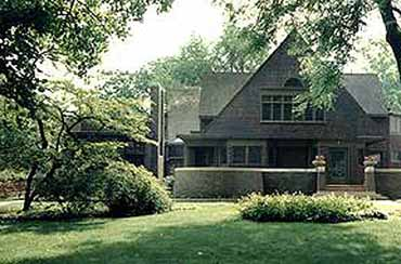 Exterior view of Frank Lloyd Wright's Home and Studio